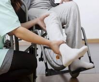 ممرض ومرافق للمرضه بالمنازل