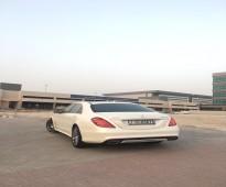 السي كلاس ابيض اللون مقدم من شركة 4اوتو لتاجير السيارات