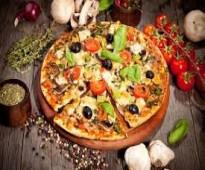معلمي بيتزا من المغرب رهن اشارتكم