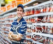 عمال رفوف مؤهلين للعمل بمراكز بيع المواد الغذائية والسوبرماركت لدى شركة الأسمر للإستقدام.