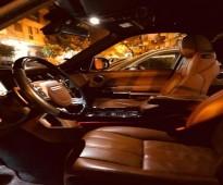 للإيجار سياره الرانج روفر 2017 شامل البنزين والسائق