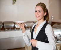 نادلات كوفي شوب ومطاعم وفنادق من الجنسية المغربية