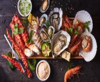 شركة الأسمر نور الغرب توفر طباخين الأكل البحري