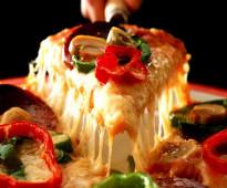 لدينا من المغرب معلمين فطائر وبيتزا