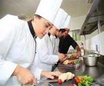 امهر الطباخين من المغرب وكافة تخصصات المطاعم والفنادق وكوفي شوب