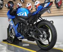 2015 Suzuki GSXR600    WHATSAPP: +971526052849