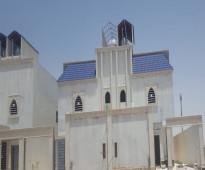 للبيع دبلكس المساحة ٢٠٠ متر درج صاله حى الشفا السعر ٨٥٠ الف  رقم الاعلان 10810  الموقع :جنوب الرياض  الحي الشفا