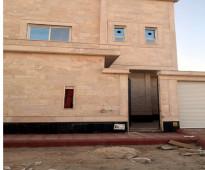 فيلا دبلكس درج و صالة جديدة و حوش و مدخل سيارة