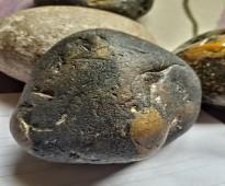 حجر القونداش - جوهرة اصلية من العقيق الاحمر الاحفورى الحر