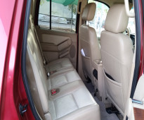 سيارة فورد اكسبلورر 2006 فل ما عدا الفتحة
