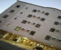 شقه 3 غرف مفروش جده الريان عوايل جمب خدمات