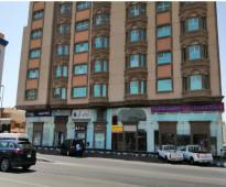 محل للايجار مكون من دورين تحت عماره شقق فندقيه