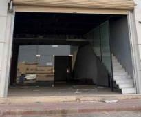 بمكتب تجاري شارع المدينه المنوره الرياض مرخص بلديه ودفاع مدني قريب من الدائري