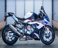 BMW S1000R 2020      WHATSAPP:  +971526052849