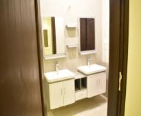 شقة واسعة حديثة -6 غرف افراغ فوري للبيع