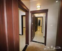 شقة 4غرف جاهزة للسكن بمزايا فاخرة من المالك