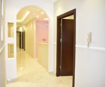 للتمليك: شقة 6 غرف بالضمانات
