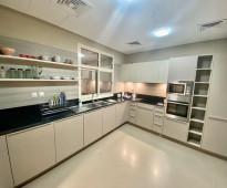 شقة تملك فيلتك الفاخرة الجاهزة في jvc فدبي، 4 غرف وصالة وتراس كبير