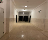 شقة راقية للايجار طريق الملك فهد بسعر مناسب جدا