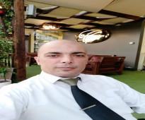 اداري لبناني متخصص في مجال ادارة وتطوير المطاعم