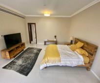 فيلا 4 غرف وصالة في JVC بمساحة كبيرة جداً وتشطيبات فخمة