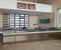 مكتب اداري مميز مقسم بشارع الامير سلطان