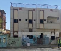 للبيع عماره في السبهاني عل مواقع ممتاز على شارع ٢٥يأخذ مواقع