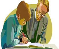 معلم مصري لتأسيس ومتابعة الطلاب