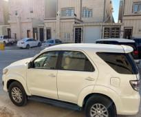 للبيع تويوتا - فورتونر الموديل: 2013 حالة السيارة: مستعملة