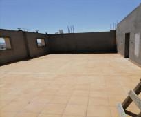 شقة للبيع فاخرة بمكة المكرمة مخطط الشوقية ( الشافعى ) خمسة غرف وثلاث حمامات 167.60متر.