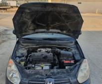 للبيع اكسنت 2011 رمادي عداد 250 الف
