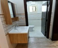دور للايجار جديد في حي المنار مكون من 5 غرف
