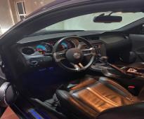 للبيع سيارة فورد موستنق GT موديل 2012