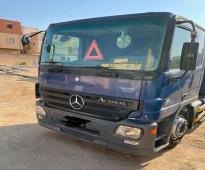 للبيع - راس شاحنة مرسيديس موديل 2007 هاف ميجا