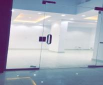 محل للايجار فتحه واحده مساحه