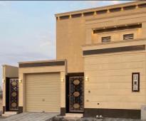 للبيع فيلا حي الجامعه المساحه : 300  متر