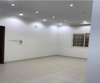 شقة بحي المهدية مكونة من مجلس + صالة