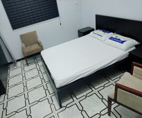 شقة غرفة وصالة ومطبخ وحمام  مفروشة  سوبر لوكس 0501932932
