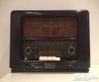 للبيع راديو خشبي كلاسيك ( تراثي )