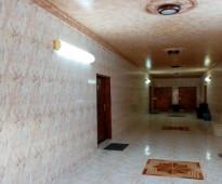 شقة عزاب للإيجار السنوي  غرفة نوم كبيرة