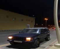 السيارة: جيب - شيروكي الموديل: 2000 - للبيع