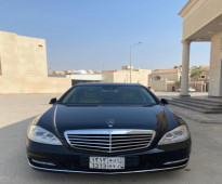 مرسيــدس s300 موديل الــسيارة : 2012 - للبيع