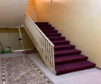 للايجار او البيع   البيت مكون من  3 ادوار