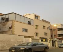 عمارة للبيع بحي الفيصلية بجدة عمرها 40 سنة
