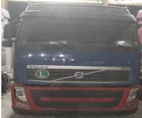 شاحنات ومعدات ثقيلة - شاحنة فولفو -الموديل: 2012