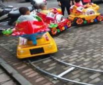 للبيع قطارات أطفال كهربائيه بجميع انحاء المملكه ...0502008264