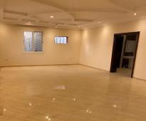 شقة كبيرة فاخرة 6 غرف - للايجار