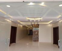 شقة كبيرة بسعر مغري في مكان ابحر الجنوبية - للايجار