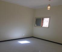 شقق في حي السلامه مكون من ثلاث غرف وصاله  - للايجار