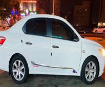 سيارة بيجو موديل 2014 - للبيع